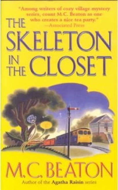 Beaton, M.C. / The Skeleton in the Closet