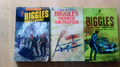 Johns, Captain W.E - 3 Vintage Biggles PBs - Pioneer Air Fighter, Biggles defies the Swastika & Biggles Buries the Hatchet