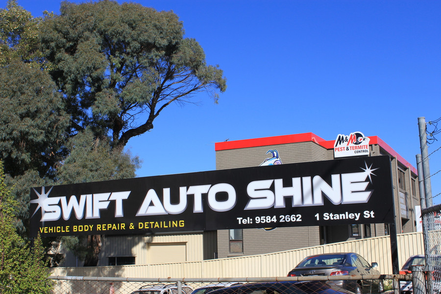 Swift Auto Shine Main Sign SAVS