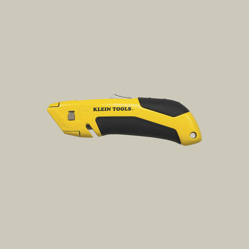 Self-Retracting Utility Knife