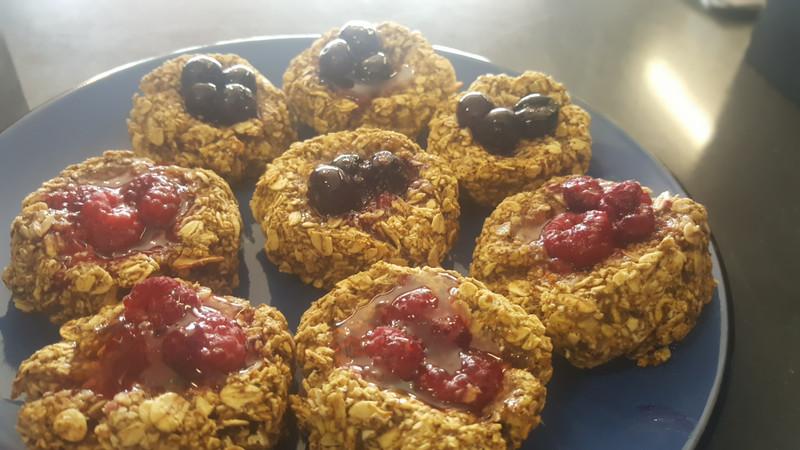 Grab & go  breakfast oat biscuits