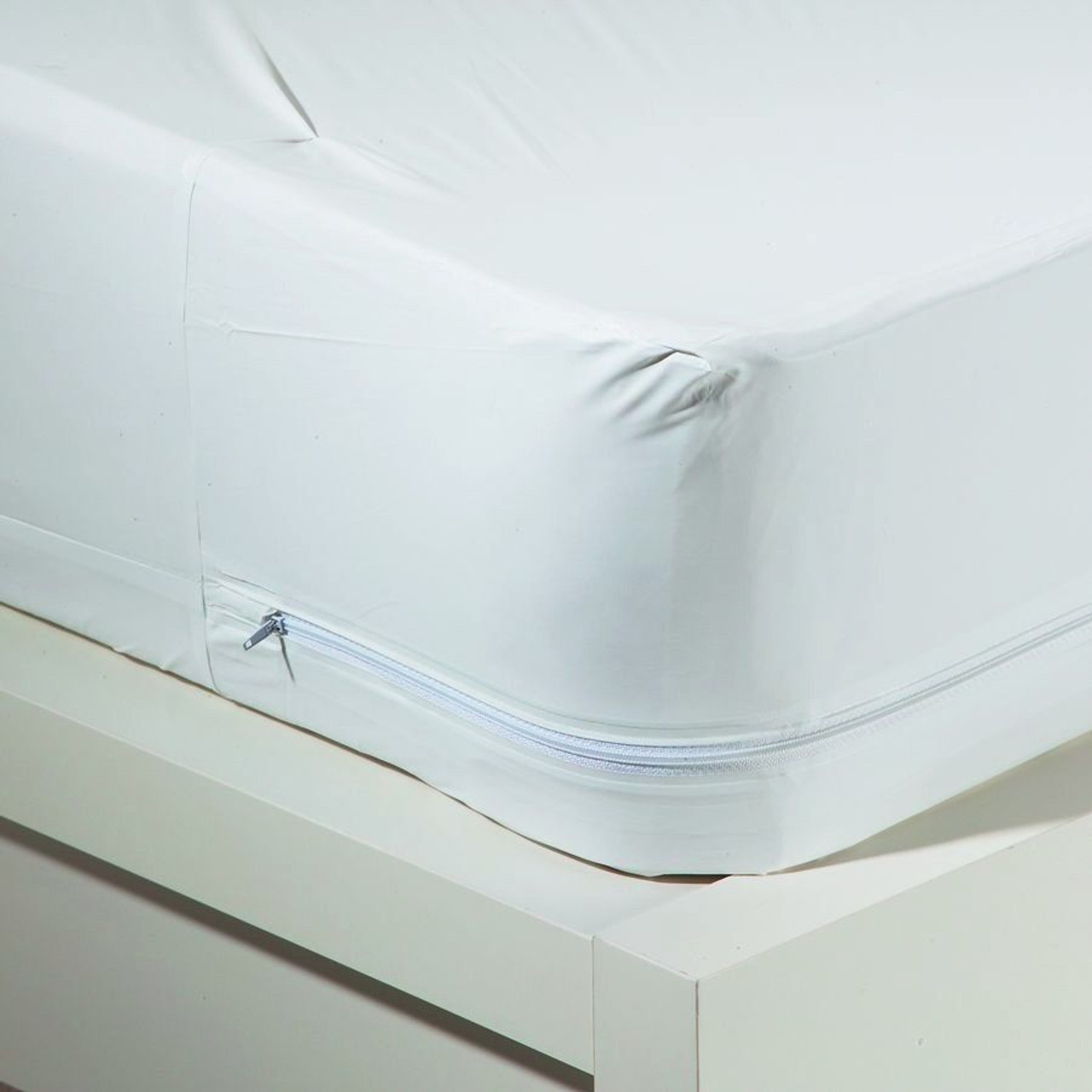 blockade bed asp bugs mattress for covers image in bug mattresses