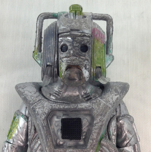 Action Figure - ROGUE CYBERMAN (Faceplate and Cybergun - Unpackaged