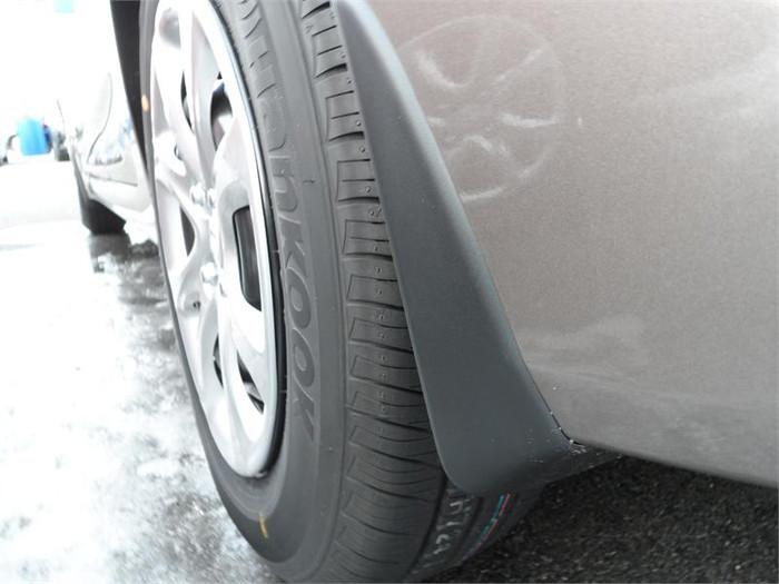 Hyundai Accent Mud Guards (B055)