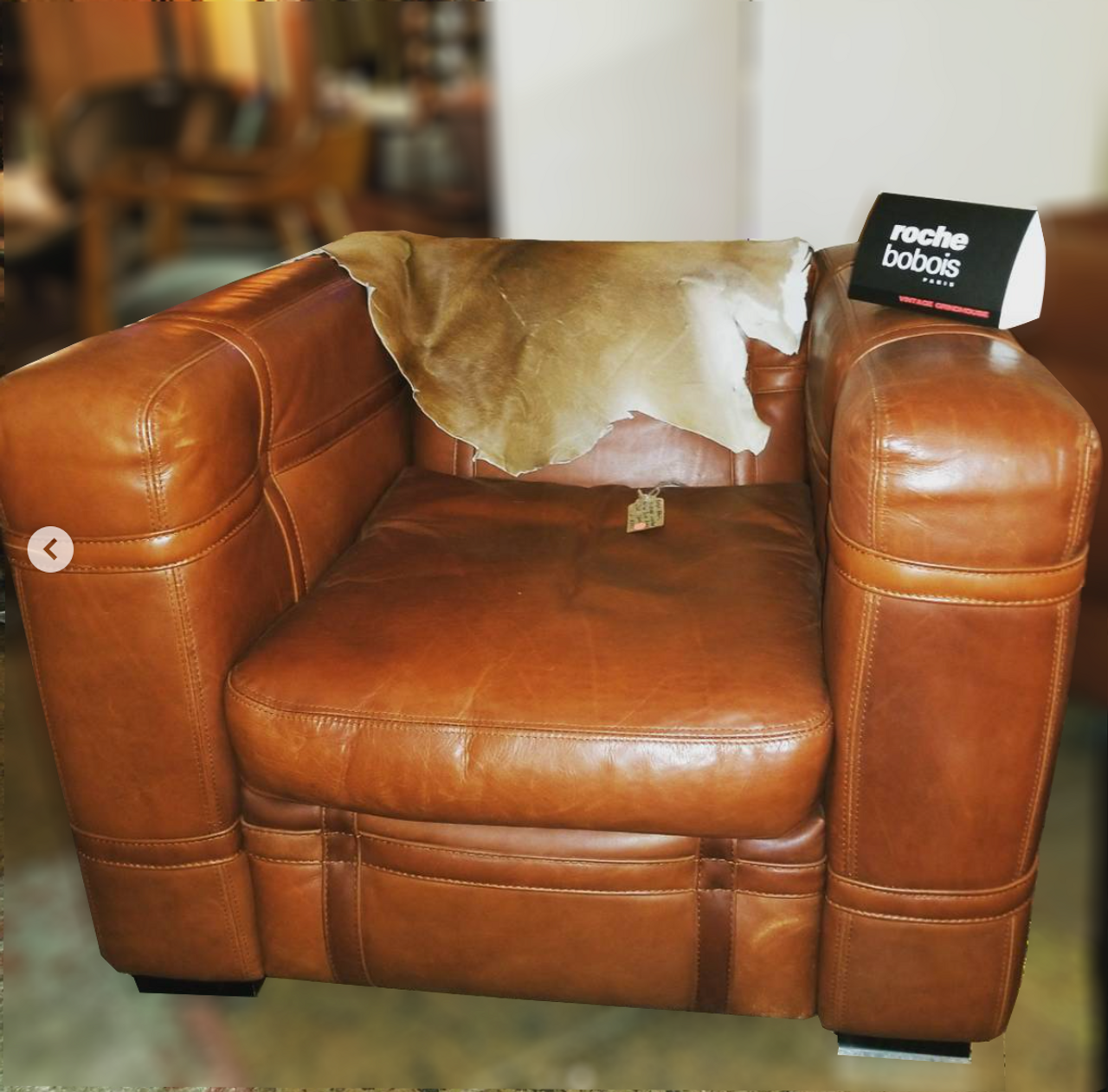 Charmant Pair Of Vintage Roche Bobois Leather Belted Club Chairs