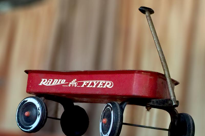 Authentic Radio Flyer Wagon (toddler)