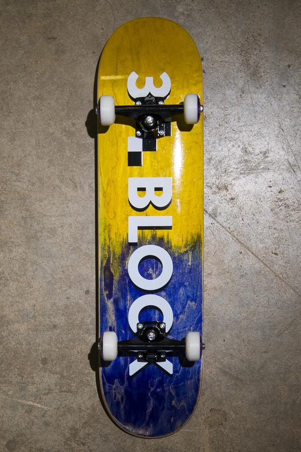 3 Block - Complete Skateboard