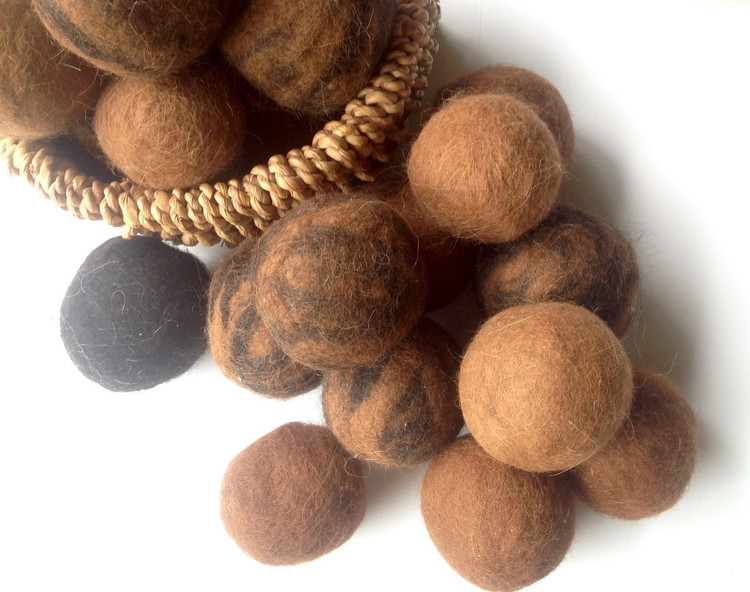 DRYER BALLS - Alpaca Felt - Set of 6 (Large Loads)