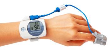 Konica Minolta Pulsox-300i Pulse Oximeter with Soft Tip Probe - R204P17-002