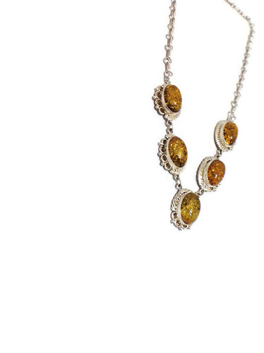 Chaco Canyon 5 Stone Amber Necklace