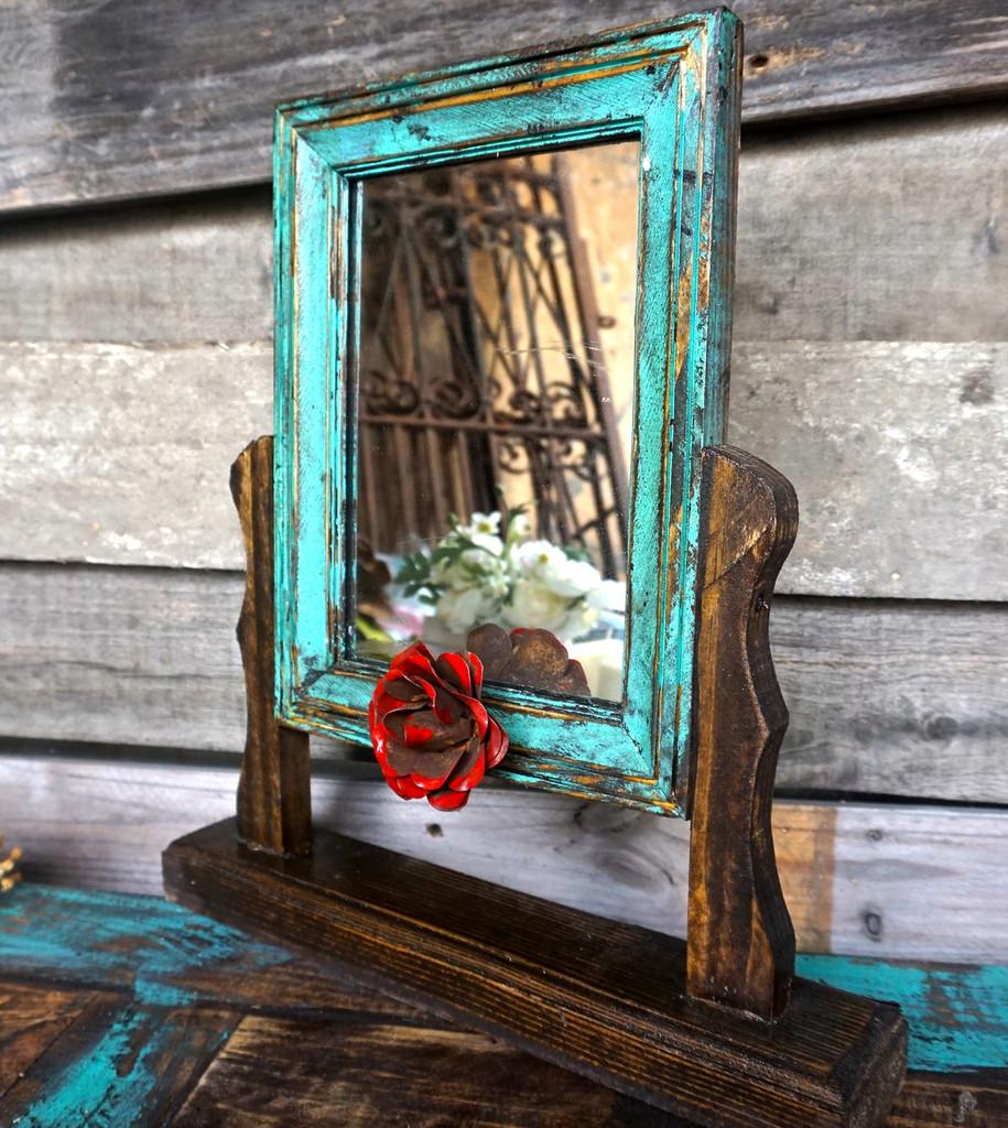 Senorita Swing Mirror in Turquoise