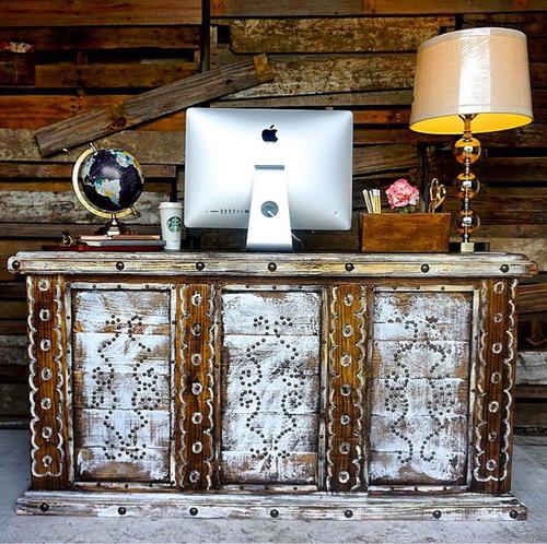 Cheyenne Desk