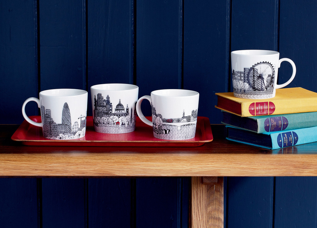 Complete the London Calling Collection with a set of London Calling Mugs (4pc).