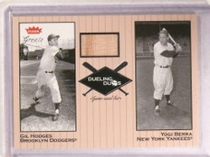 2002 Fleer Greats Dueling Duos Gil Hodges bat #DD-GH1 *68551
