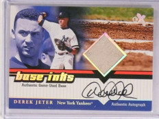2001 EX Base Inks Derek Jeter autograph auto base Yankees *69624