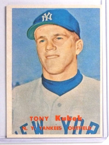 1957 Topps Tony Kubek rc rookie #312 EX *71059