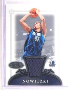 2006-07 Bowman Sterling Dirk Nowitzki Jersey #14 *67084