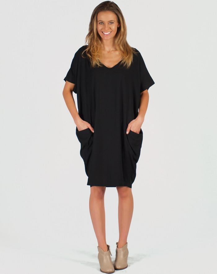 Freez Pocket Dress Black