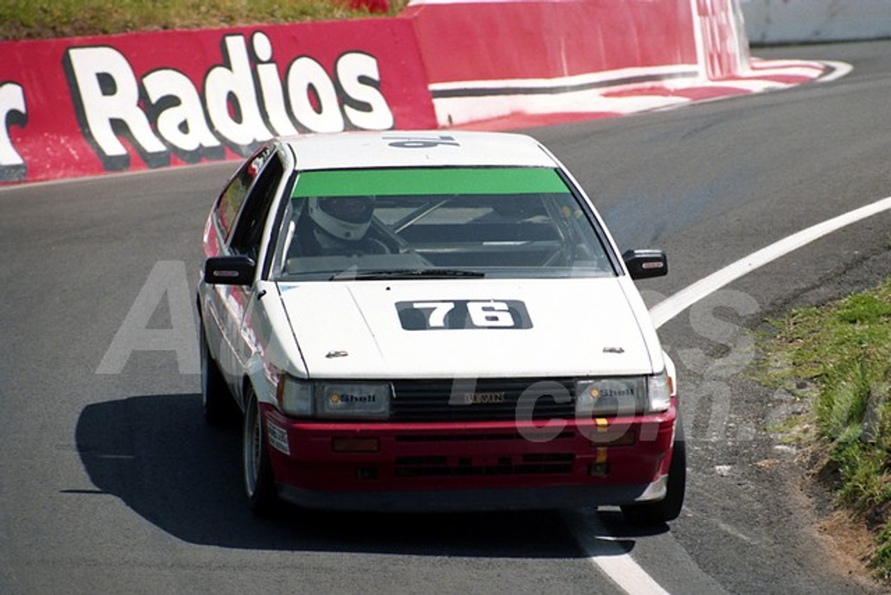 91913 - MIKE CONWAY / CALVIN GARDINER, TOYOTA COROLLA - Practised, Did Not Start - 1991 Bathurst Tooheys 1000 - Photographer Ray Simpson