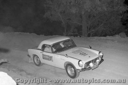 67805 - Honda S600 - Southern Cross Rally 1967 - Photographer Lance J Ruting