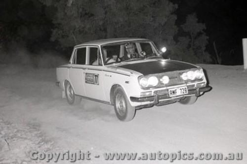 67809 - Toyota Corona - Southern Cross Rally 1967 - Photographer Lance J Ruting
