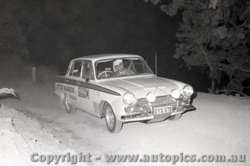 67823 - Ian Roberts  Ford Cortina - Southern Cross Rally 1967 - Photographer Lance J Ruting