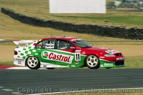 202725 - L. Perkins & P. Dumbrell  Holden Commodore VX - Bathurst 2002 - Photographer Craig Clifford