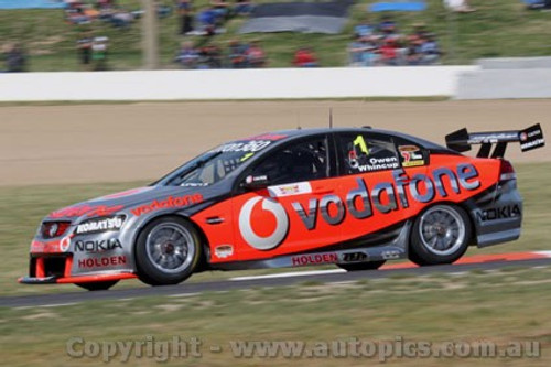 10703 - J . Whincup / S. Owen  Holden Commodore VE   Bathurst 2010 - Photographer Craig Clifford