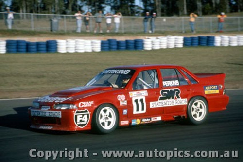 92034 - Larry Perkins  Holden Commodore VP - Eastern Creek 1992 - Photographer Ray Simpson