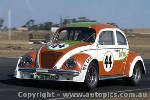 75052 - Darrylyn Huitt - Volkswagen V8  VW  - Calder 1975 - Photographer Peter D Abbs