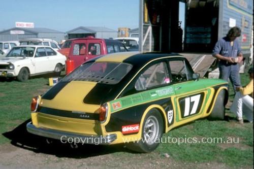 75054 - Bryan Thomson  Volkswagen V8 - Adelaide 1975  - Photographer Peter Green
