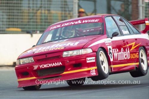 94026 - Jim Richards, Commodore VP - Indy 1994 - Photographer Marshall Cass