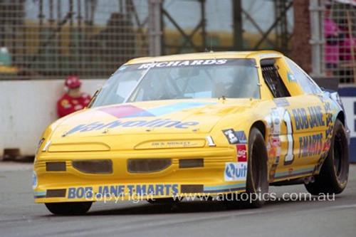 94035 - Jim Richards,Pontiac -  NASCAR - Indy 1994 - Photographer Marshall Cass