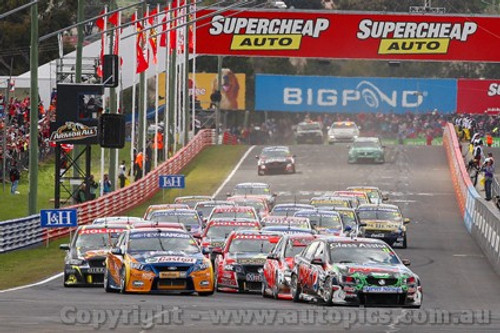 11700 - The start of the 2011 Bathurst 1000  - Photographer Craig Clifford