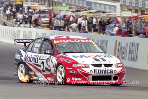 99722 - Mark Skaife / Paul Morris - Holden VT Commodore - 3rd Outright Bathurst FAI 1000 1999 - Photographer Craig Clifford