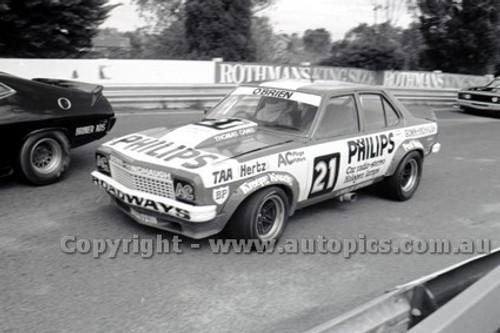 79052 - W. Cullen, Holden Torana A9X - Sandown Hang Ten 400 9th September 1979 - Photographer Darren House