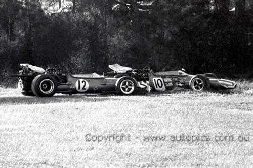 70646 - Frank Matich & Niel Allen, McLaren M10B Chev V8 - A coming together at Creek Corner Warwick Farm 1970 - Photographer David Blanch