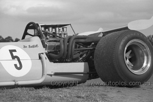 70648 - Kevin Bartlett - Mildren Chev-Bartz - Warwick Farm 1970 - Photographer David Blanch