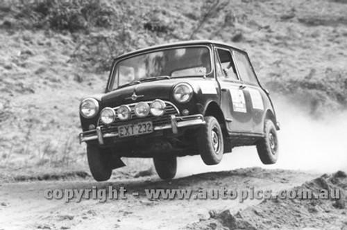 74955 - Morris Cooper S - KLG Rally 1974 - Photographer Lance J Ruting