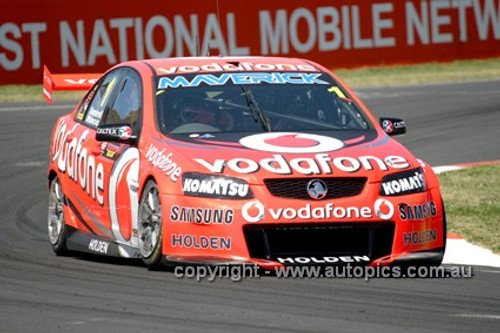 12707 - Paul Dumbrell / Jamie Whincup, Holden Commodore VE2 -  Winner Bathurst 1000  2012  - Photographer Craig Clifford