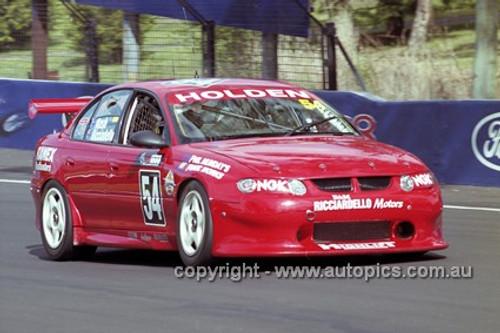 201744 - R. Nash & T. Ricciardello, Holden Commodore VX - Bathurst 2001 - Photographer  Marshall Cass
