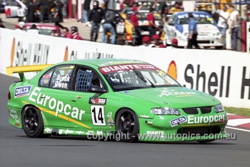 201749 - J. Brock & S. Owen, Holden Commodore VX - Bathurst 2001 - Photographer  Marshall Cass