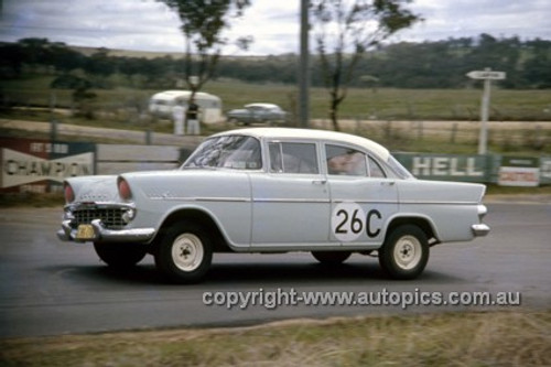 620005 - Ron & Bruce. Marshall, Holden EK - Bathurst Six Hour Classic - 30th September 1962 - Photographer Bruce Wells.