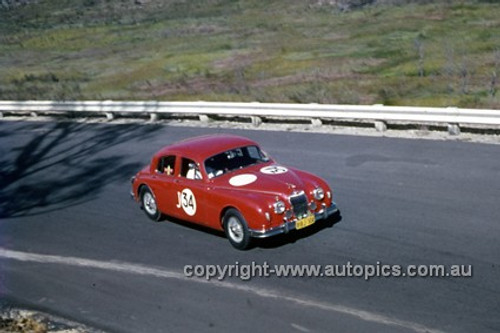 620056 - Bill Burns, Jaguar MK1 - Catalina Park Katoomba  1962 - Photographer Bruce Wells.
