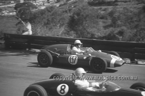 630028 - Bruce Leer, Cooper - Catalina Park Katoomba  1963 - Photographer Bruce Wells.