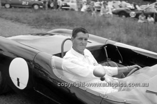 630031 - Ian (Pete) Geoghegan, Lotus 23 - Catalina Park Katoomba  1963 - Photographer Bruce Wells.
