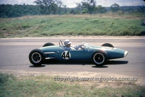 630044 - Geoff McClelland, Brabham - Lakeside International 1963 - Photographer Bruce Wells.