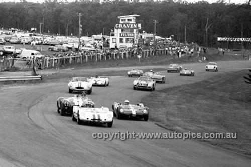 650462 - The Start of the Australian Tourist Trophy Race, Lakeside 1965 - Geoghegan & Cusack, Lotus 23B & Miles, Shelby 427 Cobra - Photographer Bruce Wells
