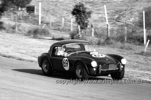 650467 - Ron Thorp, AC Cobra - Australian Tourist Trophy Race, Lakeside 1965 - Photographer Bruce Wells
