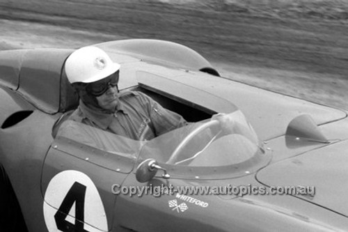 58447 - Doug Whiteford Maserati 300s  - Phillip Island 1958 -  Photographer Peter D'Abbs